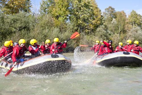 Rafting auf der Isar mit Montevia