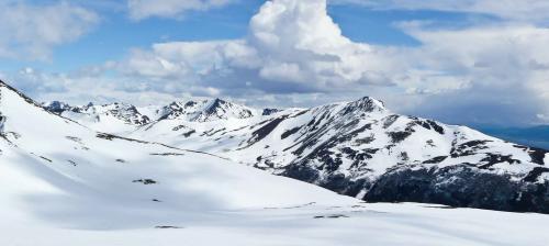 Blick über die Berge der Isla Navarino