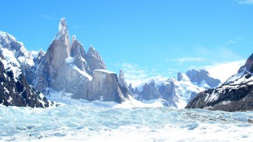 Cerro Torre mit Gletscher