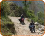 Das erarbeiten wir uns durch fahren,fahren,fahren. Der Weg ist das Ziel!  Auf dieser Rundreise erlebst Du Biker - Träume pur!  Kurven, Freiheit, Natur, Zelt, Lagerfeuer, fahrerische Herausforderungen in einem einmaligen Land. Die Strassen  variieren von asphaltiert bis unbefestigt. Wir zelten im Schatten des Himalayas und erfahren das Land und die Menschen ganz ursprünglich. Und das in einer Gruppe von maximal 6 Teilnehmer!!!