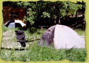 Oder Sie zelten im Garten (Caravan und Wohnmobil möglich!)