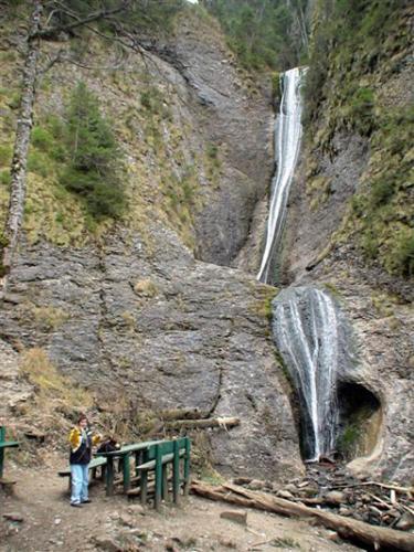 Duruitoarea Wasserfall
