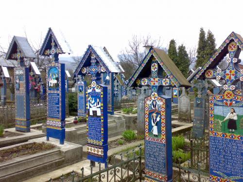 Lustige Friedhof Sapinta