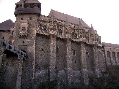 das Schloß von Matthias Corvinus wo Dracula gesperrt war