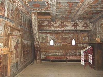 Innen Ieud Holzkloster