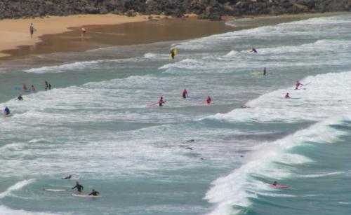 Erlerne das Wellenreiten auf der Aktivreise