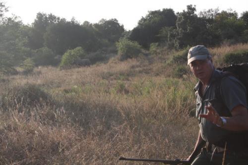 Experience Wilderness Südafrika - Zu Fuß an Nashörner heranschleichen